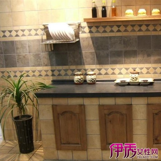 瓷砖贴面的砖砌厨柜很有个性,成为很多装修田园风格,欧式风格,美式