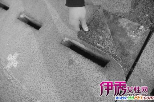 排水沟鞍钢高中塑胶跑道迷途小猫被困学校