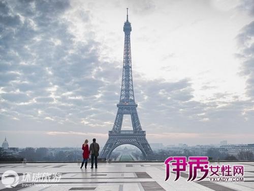 法国巴黎 埃菲尔铁塔 埃菲尔铁塔曾被称为