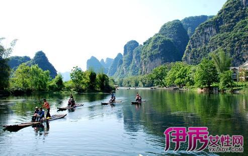 桂林漓江风景区以桂林市为中心,北起兴安灵渠,南至阳朔,由漓江一水
