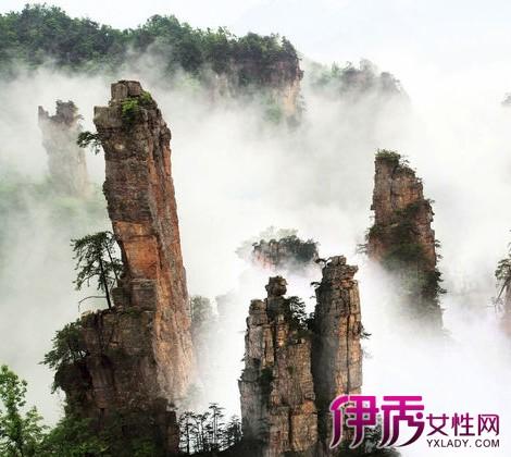 """湖南张家界旅游景点玻璃栈道 打造东方""""天空之路"""""""
