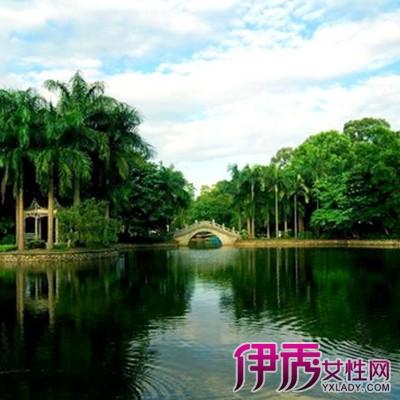 龙象塔位于南宁市青秀山风景区凤翼岭上,为明代南宁市郊淡村,在邑礼部
