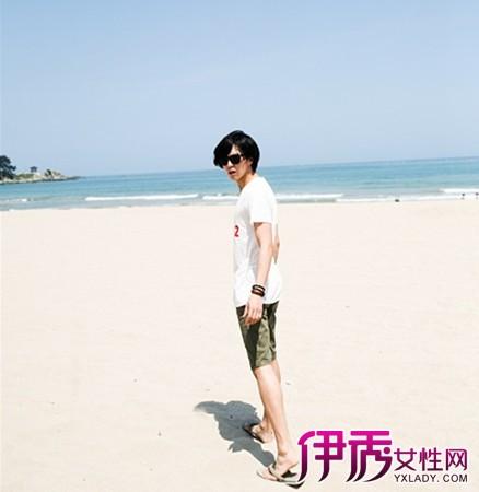 【图】男孩海边拍照姿势大全