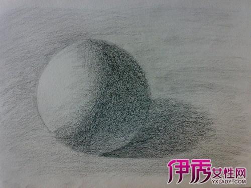 球体素描步骤图片欣赏 为你介绍素描六大表现技巧图片