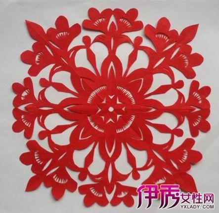教你三折剪纸图案及画法 花中有意团团相聚