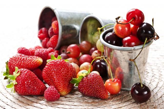 樱桃的营养价值及功效,哪些人不宜吃樱桃?  水果 樱桃 美容 养颜 第2张